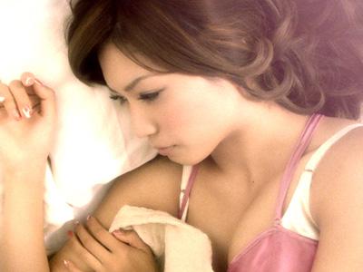 【7/13:AKBニュース】ドキッ!大島麻衣のもんもん姿!衝撃のベッドルーム写真?一皮むけて大人の色気たっぷり